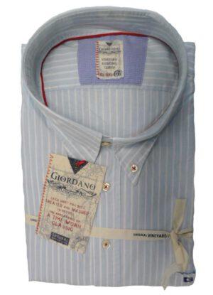 Aanbieding grote maat overhemd Giordano lange mouw. Overhemd lange mouw in de kleur lichtblauw en witte lengte streep. De kraag is button down. De kwaliteit 100% katoen. De ruglengte van dit overhemd lange mouw is 96cm.